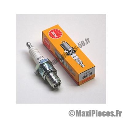 bougie ngk b9es pour la majorité des moteurs a refroidissement liquide de configuration plus performante (bougie longue)