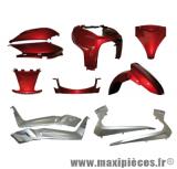 Déstockage ! Kit carrosserie rouge et gris argenté pour scooter yamaha x-max mbk skycruiser 125/250 de 05 à 08 (11 pièces)