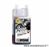 Huile Ipone 2 temps r2000 rs semi-synthèse senteur fraise vendu en 1L pièce pour Scooter, Mécaboite, Mobylette, Moto, Quad, Maxi Scooter
