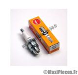 bougie ngk b8hs pour la majorité des moteurs refroidie par air de configuration d'origine (bougie courte)